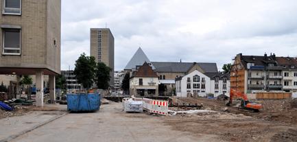 Bergungsarbeiten am Stadtarchiv in der Severinstraße in Köln
